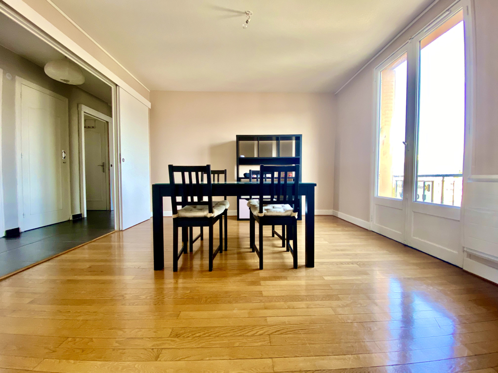 Appartement T4  - 66m² - Grenoble 3/15